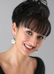 Gabriele Herrmann, Damen- / Herrenschneidermeisterin, gelernte Trachtenschneiderin