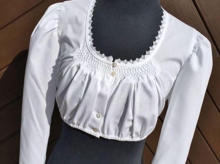 Waldorff Dirndlblusen im Online Shop Dirndl ❖ Tracht ❖ Tradition