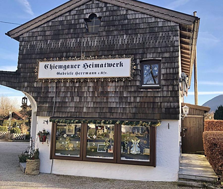 Chiemgauer Heimatwerk -  Dirndl ❖Tracht ❖Tradition Öffnungszeiten