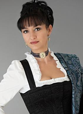 Gabriele Herrmann, Damenschneidermeisterin, Herrenschneidermeisterin, Trachtenschneiderin